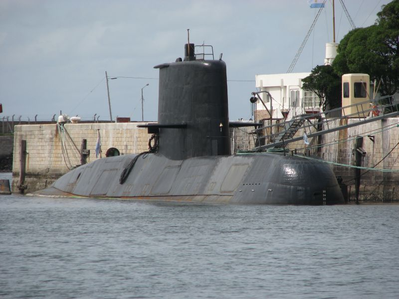 Argentine navy calls off search for survivors from missing submarine