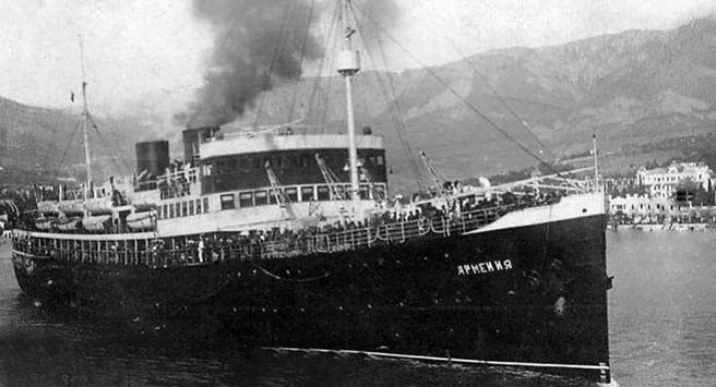 At Least 5,000 People Died in 1941 When the Ship 'Armenia' Was Sunk by the Germans
