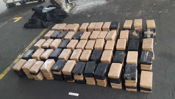 Ecuador Finds 296 Kilos of Cocaine in a Ship in a Province Bordering Peru