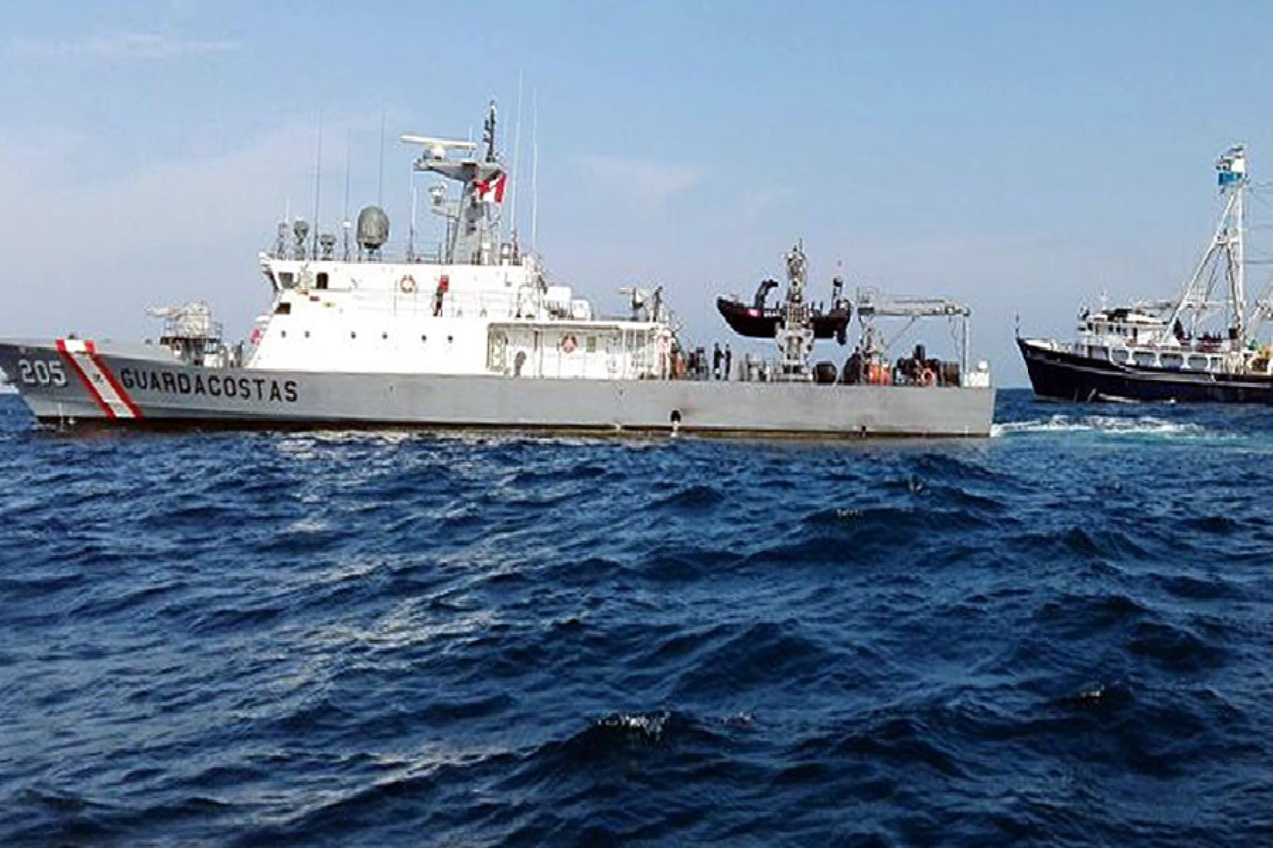 Illegal Fishing Represents Around US $ 23,000 Million a Year Worldwide