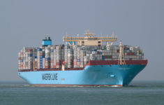 Maersk Line will not place orders for new mega container ships