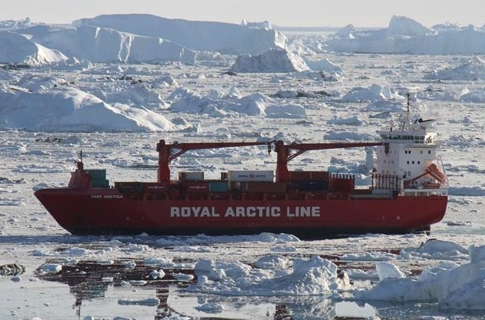 Arctic Line : Container ship mary arctica damaged after hitting an iceberg off