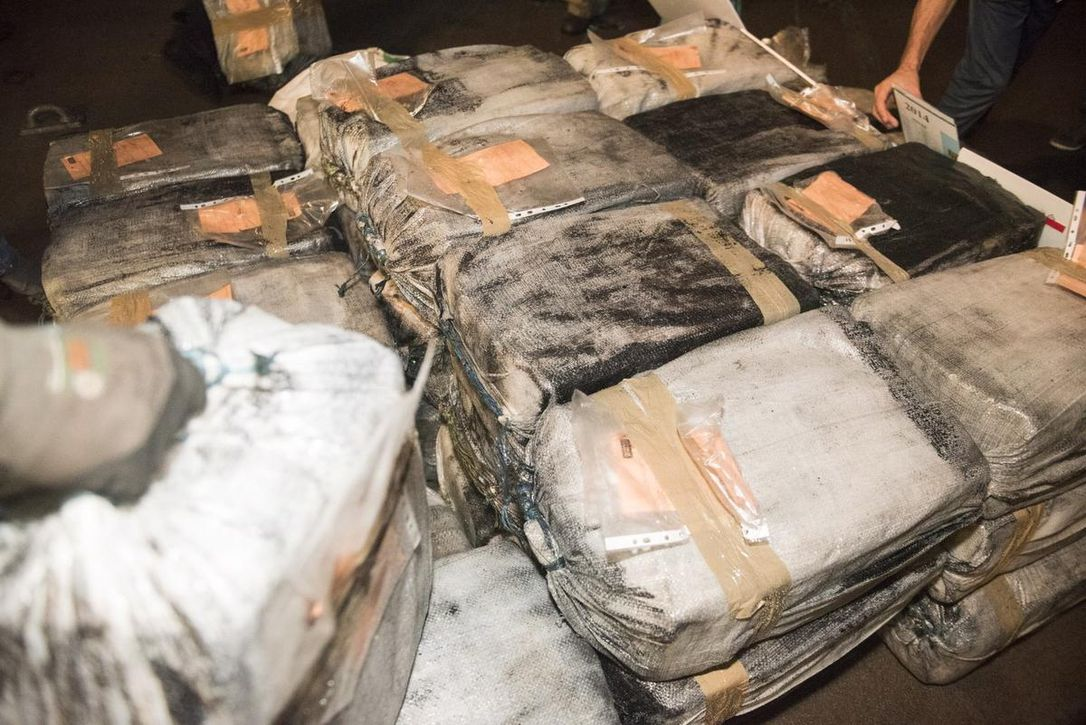 NARCOS Hide 150 kilos of Cocaine in Backbone of Ship Found In Port of Huelva