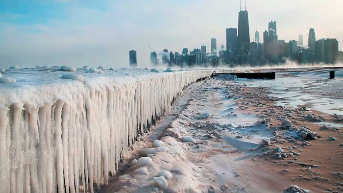 Never Seen Before Images of Lake Michigan Completely Frozen