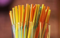No, The Straws Are Not The Worst Enemy Of The Oceans