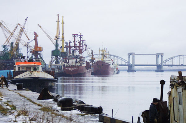 One Person Was Killed, One Was Rescued From an Overturned Boat Near The Port of Arkhangelsk