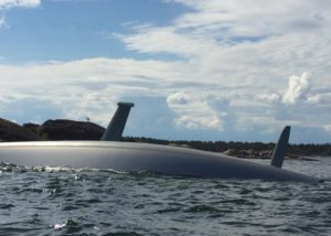 Sailing yacht Minnic capsized