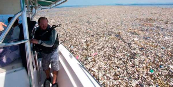 The Island of Garbage in the Pacific is bigger than France