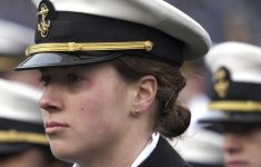 The US Navy Allows Women to Wear Ponytails, Loose Hair Was Banned For Years