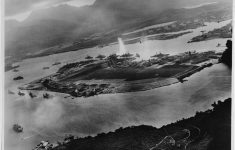 Two Sailors Honored for Bravery 76 Years After Pearl Harbor Attack
