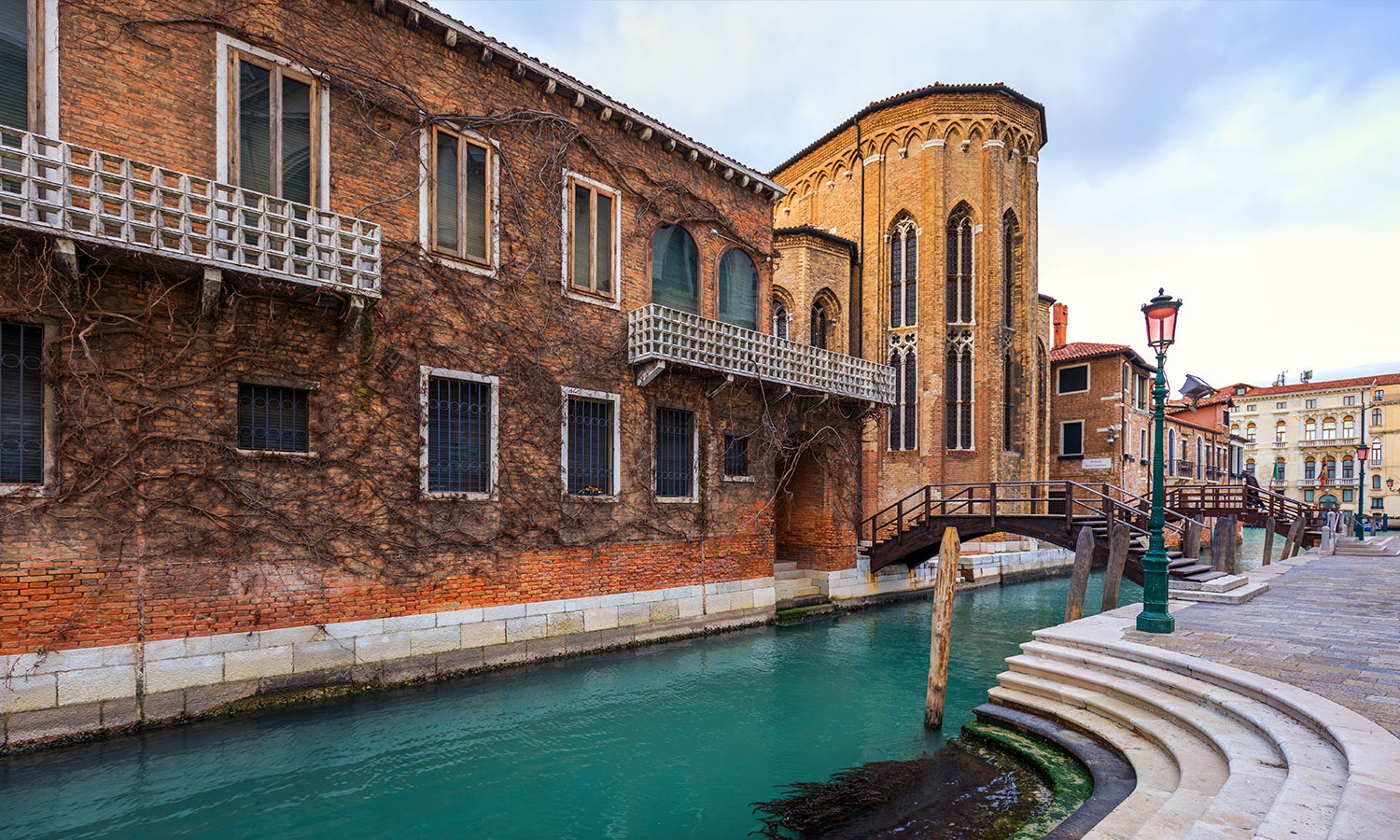 """Venice Is A """"Ghost Town"""" Following The Covid-19"""