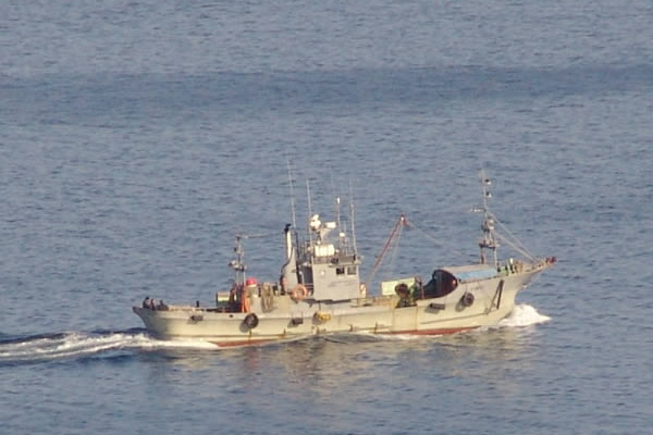 A Japanese Vessel with 18 Fishermen on Board is Suffering a Disaster in the Pacific Ocean