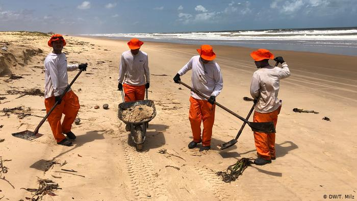 Brazil Collects More Than 100 Tons Of Crude Oil Of Unknown Origin On Its Beaches