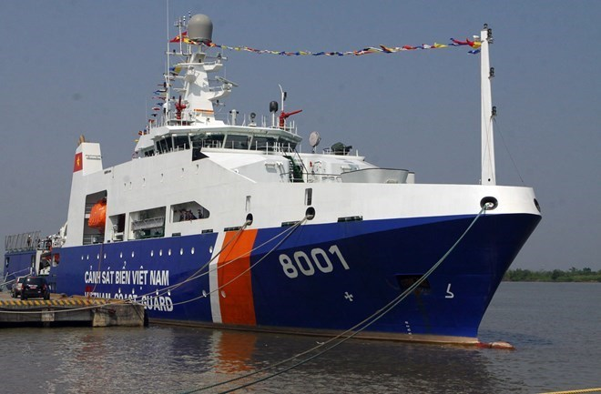 Coastguards from Vietnam and India Carry out the First Joint Exercise