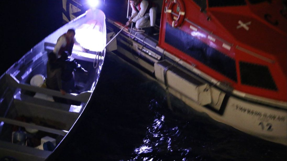 Crucero Rescues Fishermen Lost 23 Days At Sea