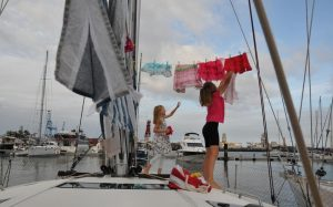 Family sails around the world on their boat isolating themselves from Covid-19