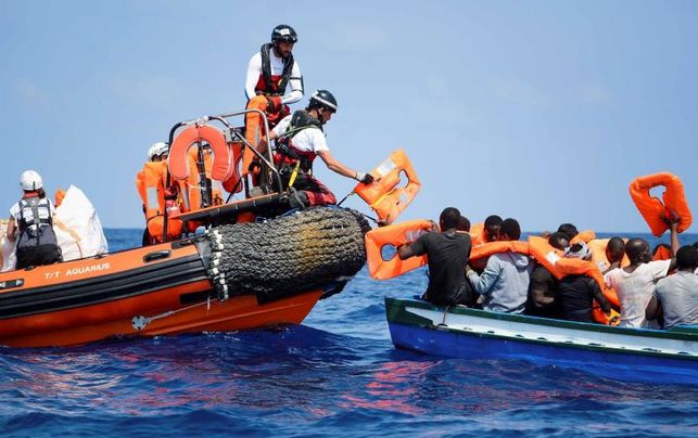 Italy and Malta Reject to Give a Safe Harbour to the 11 Rescued by the Aquarius