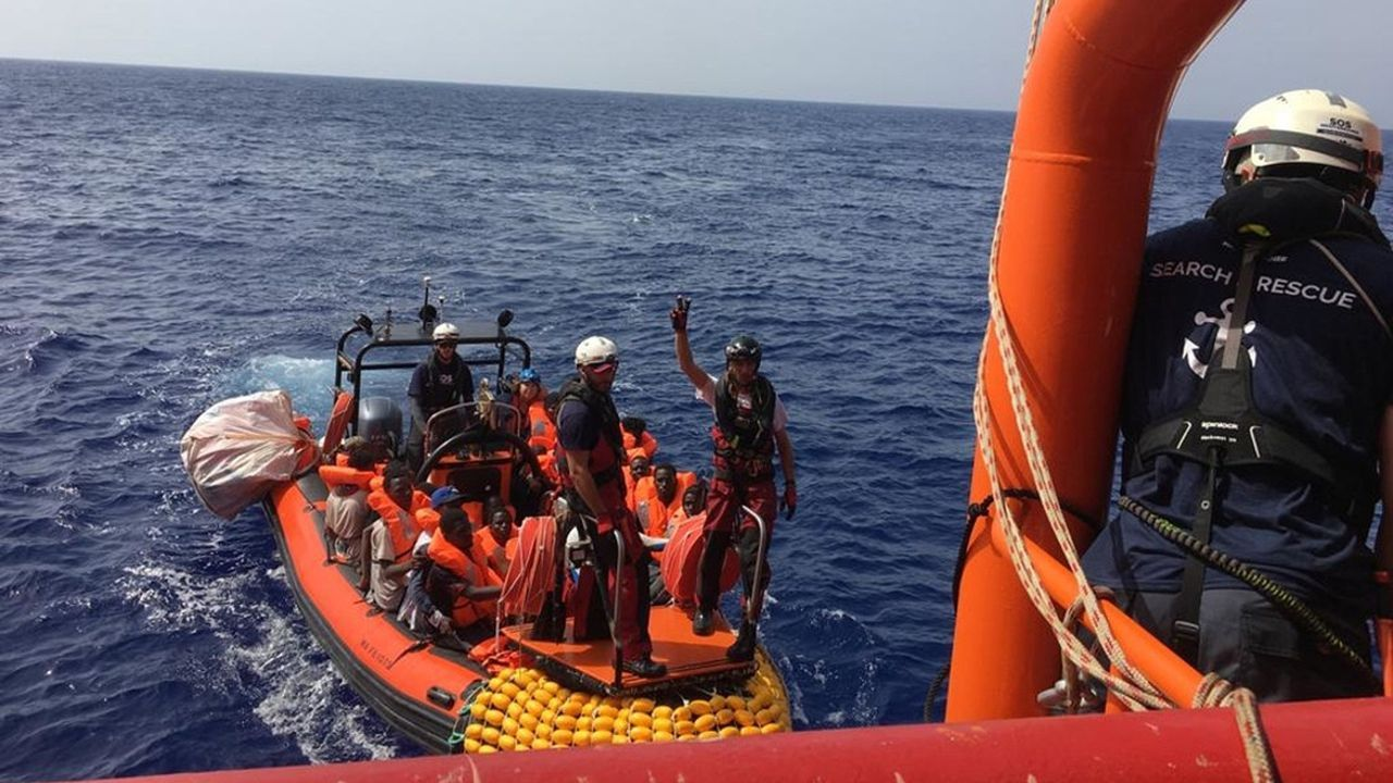 Miracle In The Middle Of A Pandemic! Italy Rescues Migrants Off The Coast Of Sicily