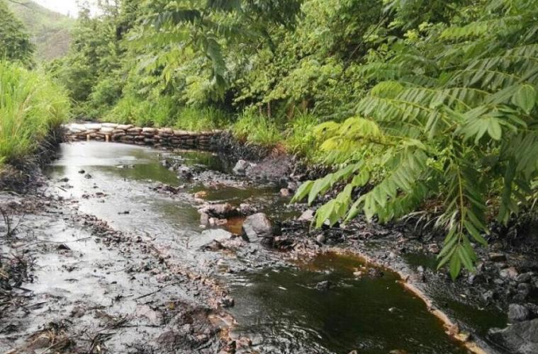 Oil spill in Colombia threatens rivers and rural communities