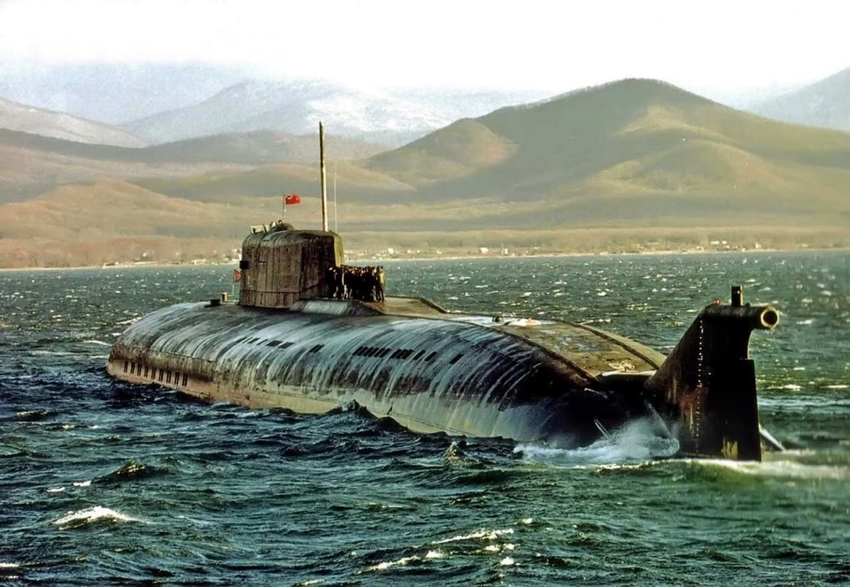 Russia Sends Ten Submarines To The North Atlantic In An Unprecedented Size Since The Cold War