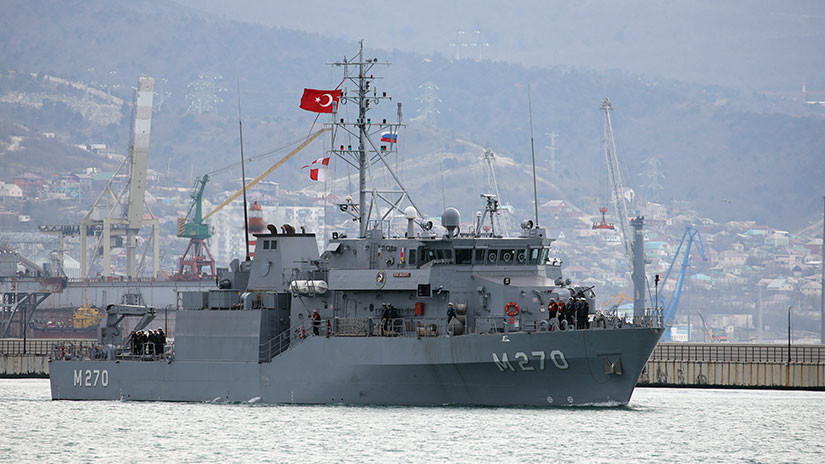 Russia and Turkey Carry Out Maneuvers in the Black Sea