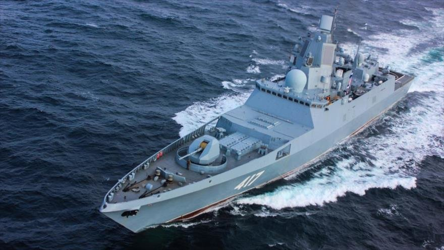 THE RUSSIAN FRIGATE ARMED WITH KALIBR MISSILES ENTERS THE RED SEA