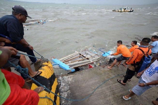 The Death Toll From The Three Shipwrecks In The Philippines Rises To 31