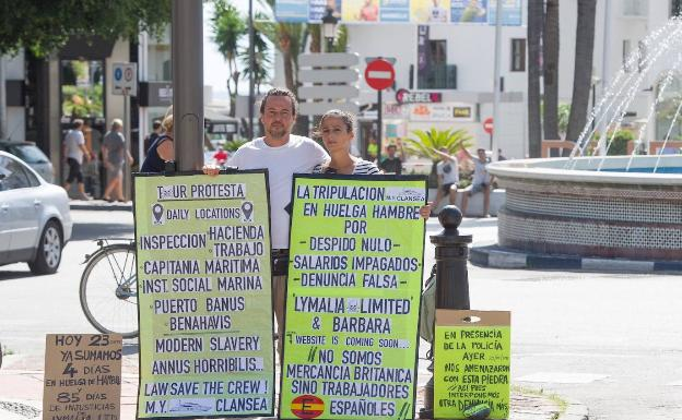 The crew of a luxury yacht in Puerto Banús begins a hunger strike for their dismissal