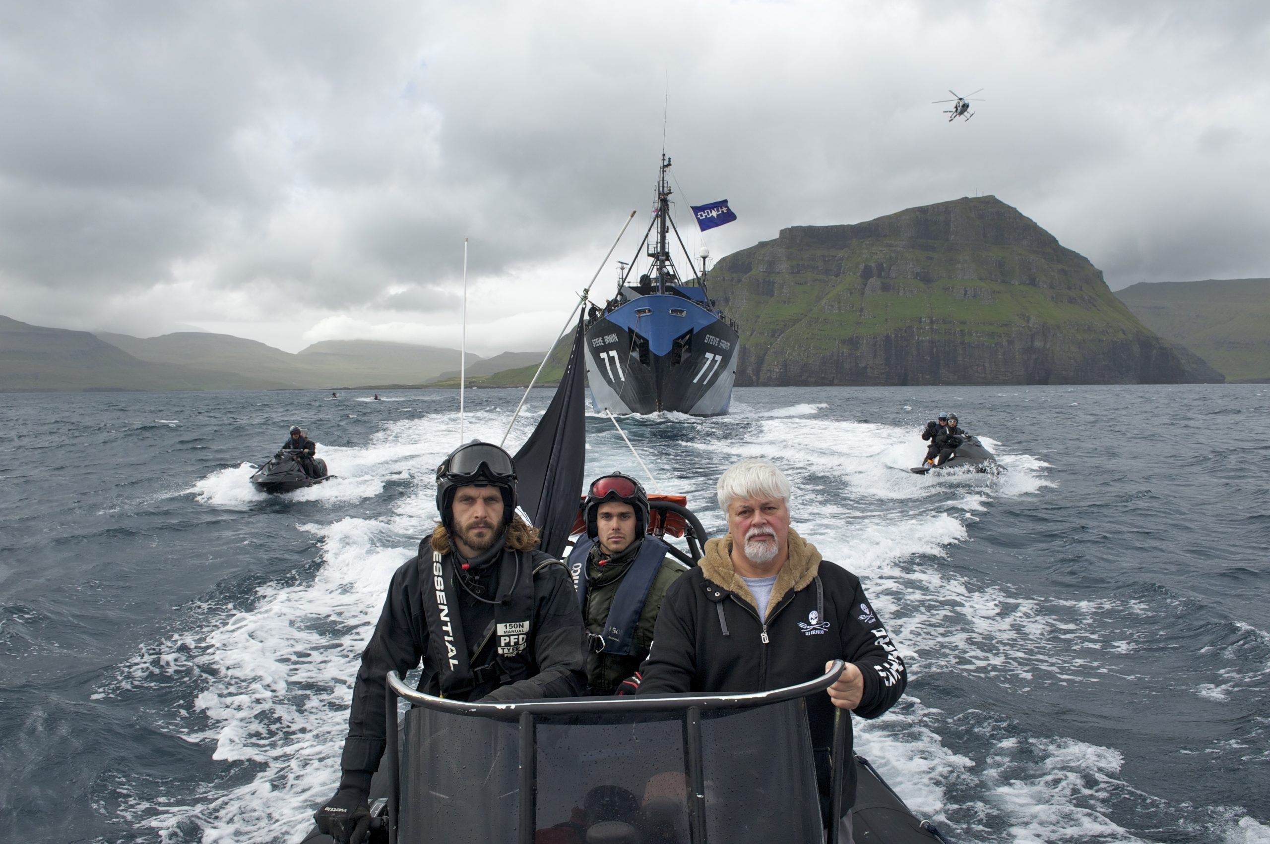 """""""There Are Cats That Eat More Fish Than Seals"""" Says Co-Founder Of Greenpeace Paul Watson"""