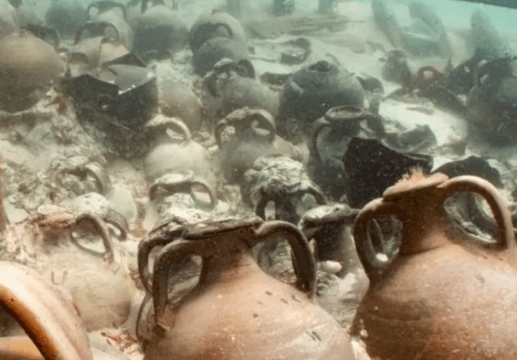 "They Find ""Amphorae Of Garo"", The Favorite Sauce Of Ancient Rome At The Bottom Of The Ocean"