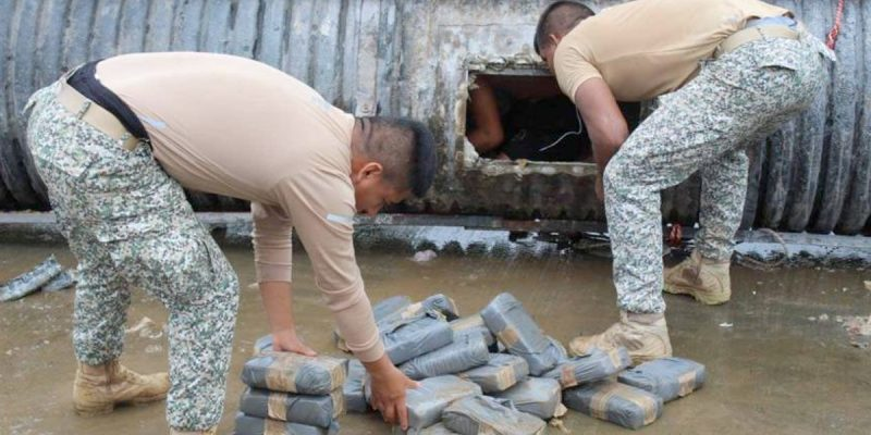 They Find Cargo Of Marijuana Guns And Ammunition In A Cylinder Attached To Boat In Putumayo