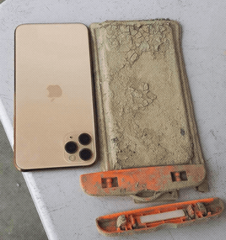 Tourist loses his iPhone in a lake in Taiwan gets a call one year later