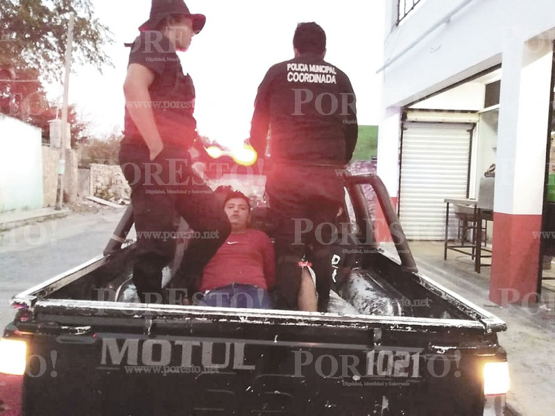 Two Thieves Caught Off Guard and Red Handed In Telchac Puerto Mexico