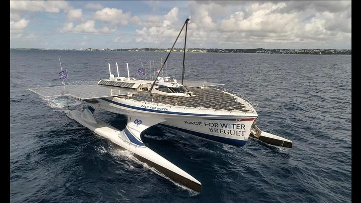 first boat powered by solar energy